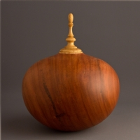 Black Cherry Keepsake Urn, 50 ci - $280.00