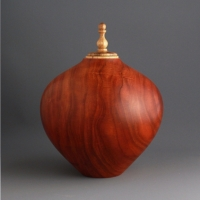 Black Cherry Keepsake Urn, 50 ci - $240.00